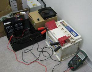 сколько заряжается аккумулятор автомобиля от зарядного устройства